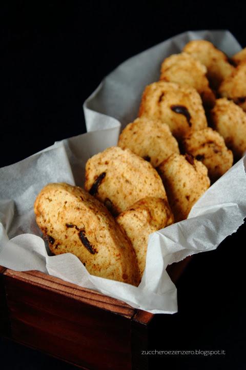 Biscotti della salute con datteri e noci