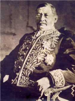 General José Antonio Velutini Ron.png