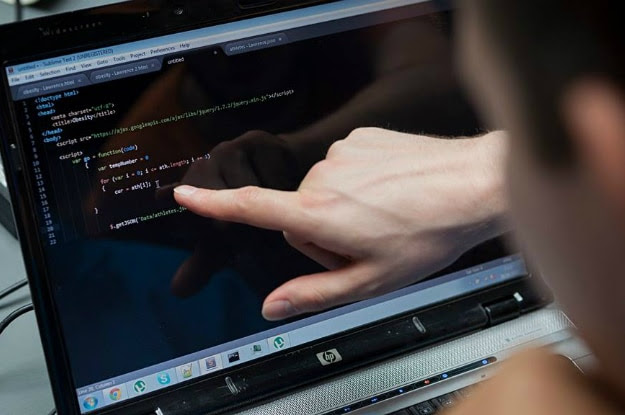 Why You Don't Need To Know Any HTML Code To Start A Website