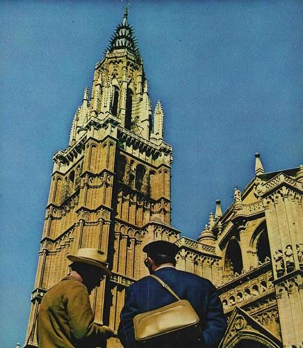Turistas fente a la Catedral (1967)