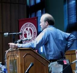 Dr. James E. Hansen, climatólogo de NASA.