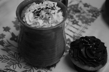 hot cocoa and cupcake