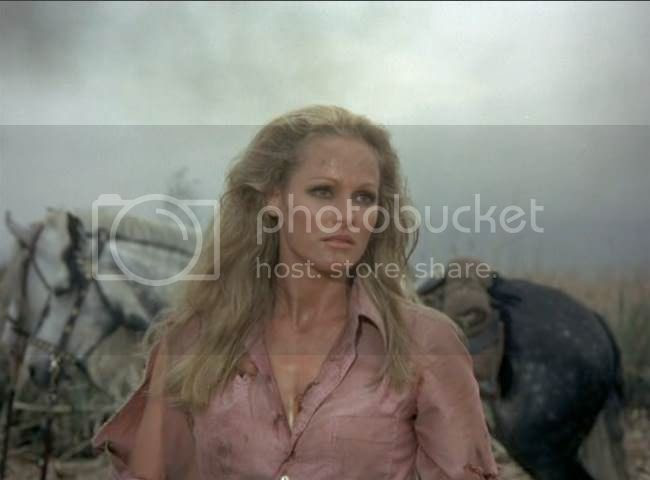 photo Ursula_Andress_soleil_rouge-04.jpg