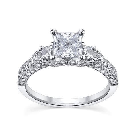 6 Princess Cut Engagement Rings She'll Love   Robbins