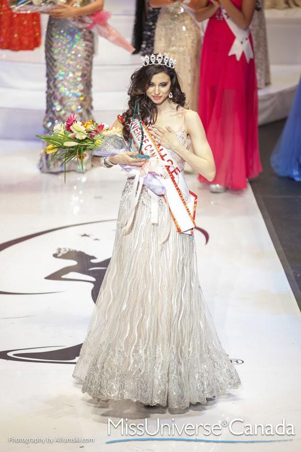 Denise Garrido, de 26 anos, foi coroada por engano Miss Canadá 2013 (Foto: Allumski Photography/Reuters)