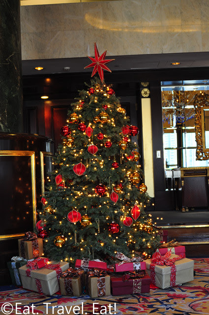 Island Shangri-La: Christmas Tree (Library)