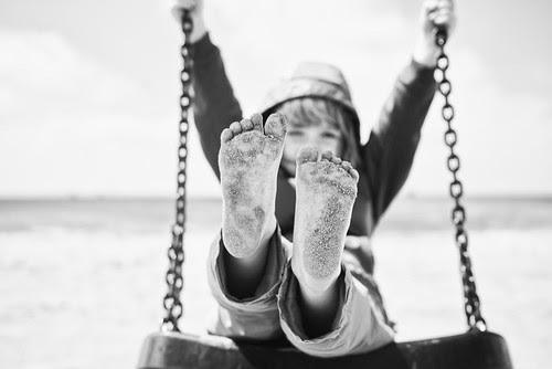 Sandy feet. por whooosh.