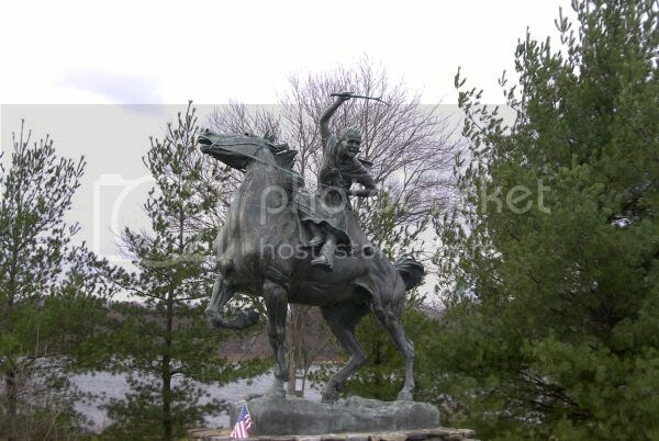 statue of American Revolution heroine and her horse Star