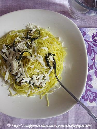 Maccheroncini di Campofilone con zucchine fritte e ricotta salata