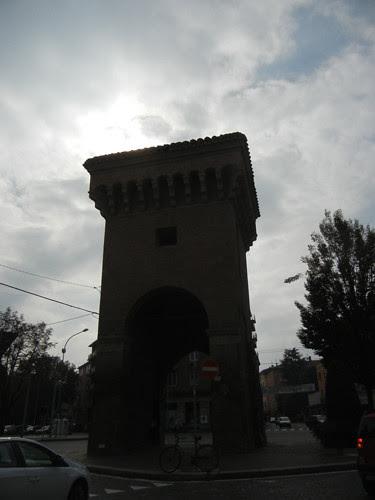 DSCN4621 _ Old city gate Porta Castigione, Bologna, 18 October