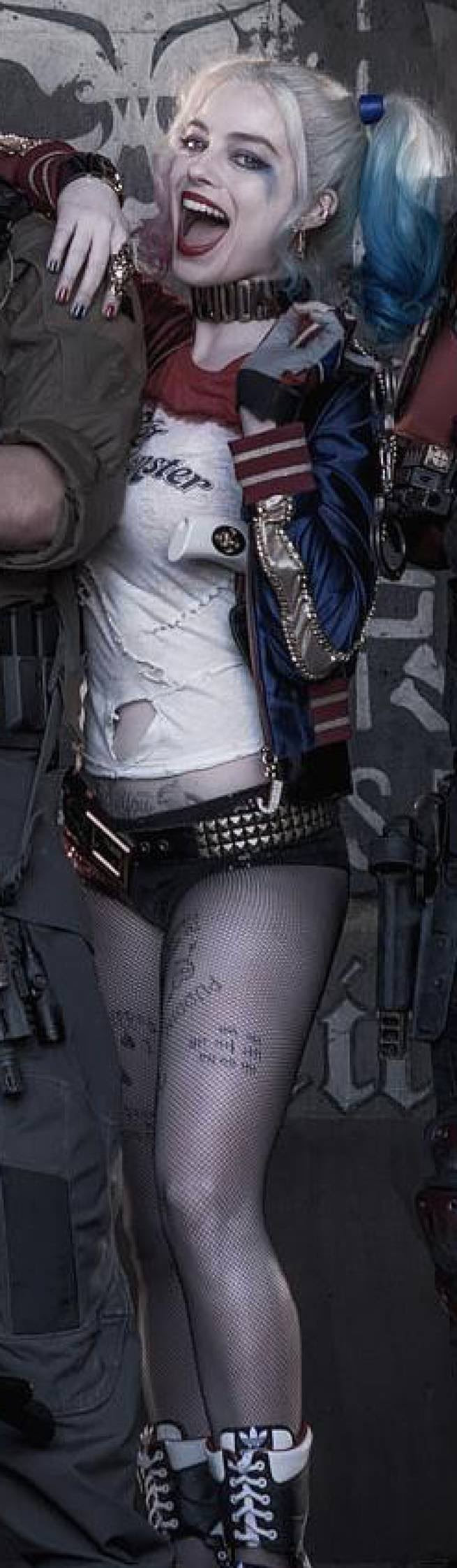 Suicide Squads Margot Robbie As Harley Quinn An In Depth Analysis