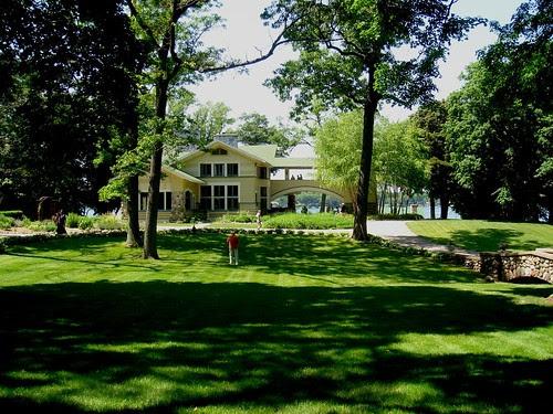 Fred B. Jones House in Delavan, Wisconsin