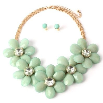 Amazon.com: New Stone Flowers Statement Necklace Set, Mint Color: Jewelry