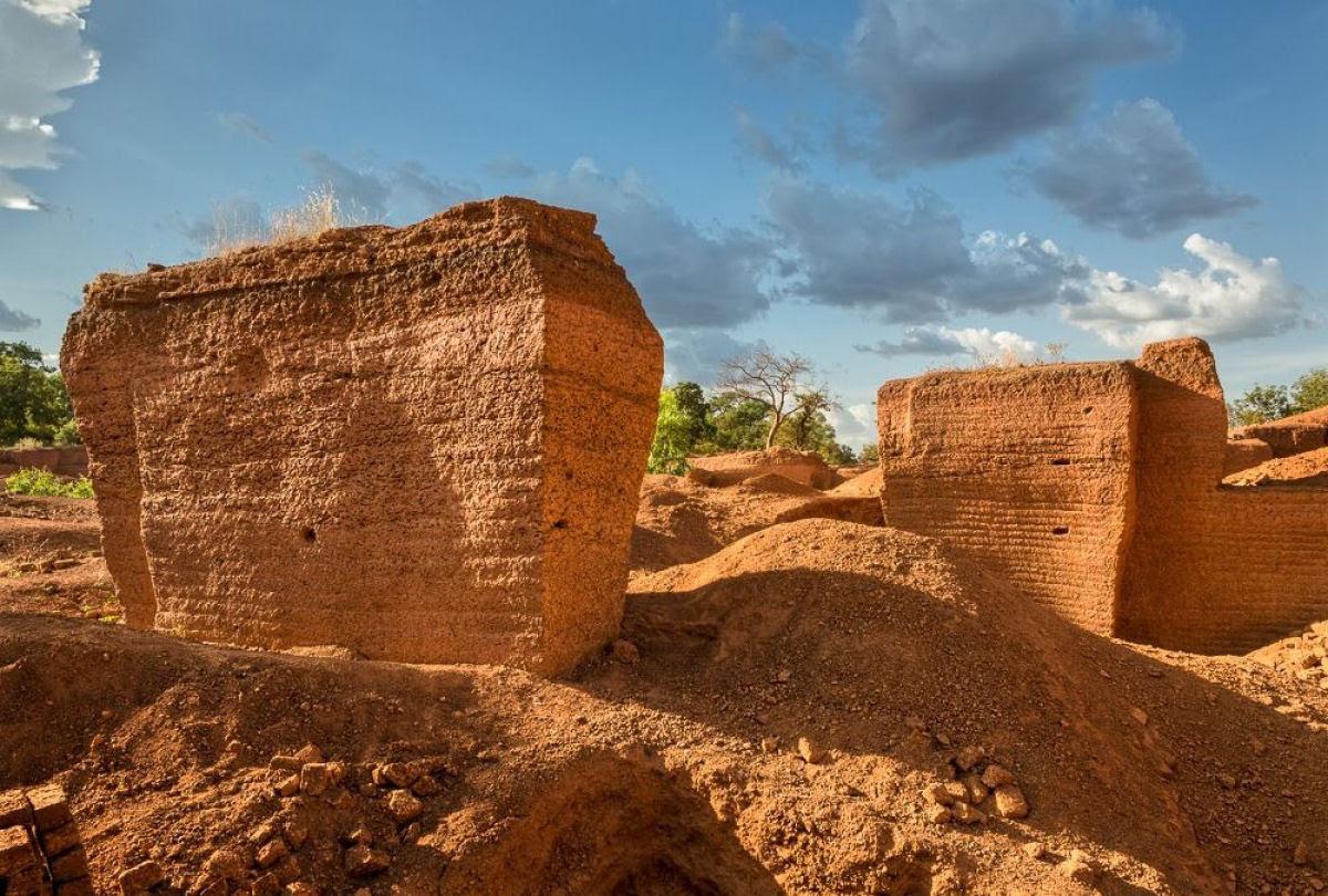 A pedreira de tijolos de Karaba em Burkina Faso 04
