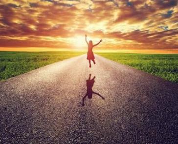 happiness-de44b431ae381ed0d29e45852eb1afc8_L