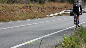 Tram de la C-31 a Cubelles on ha mort un ciclista en un accident de trànsit
