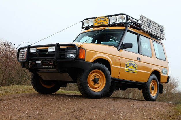 Land Rover Discovery Camel Trophy truck - front three-quarter view