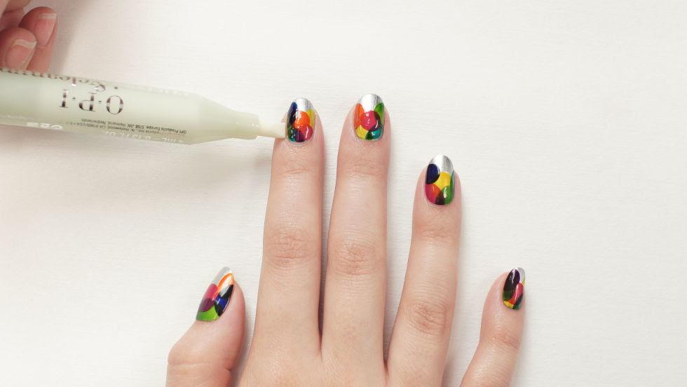 Manicure masterclass: Geometric circles