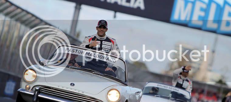 Pastor Maldonado en el drivers parade Australia 2012