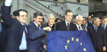 I leader dell'Ulivo festeggiano l'ingresso nell'euro