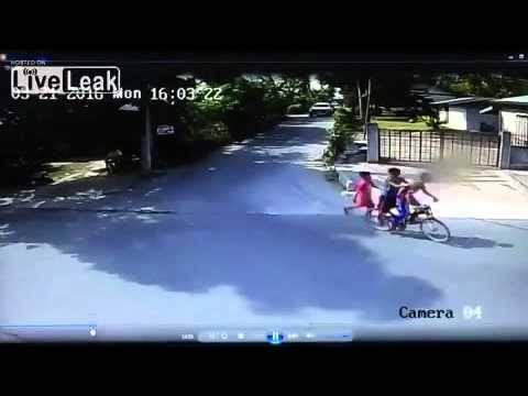#ยอดนิยมในขณะนี้ - ประเทศไทย : Asian Street Gun Fight! http://www.youtube.com/watch?v=stp6RzOdGg4