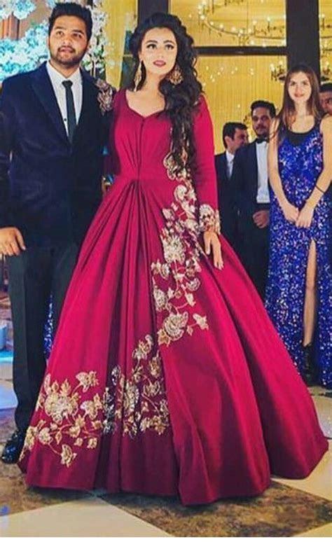 Pinterest @bhavi91   indian dressess in 2019   Indian