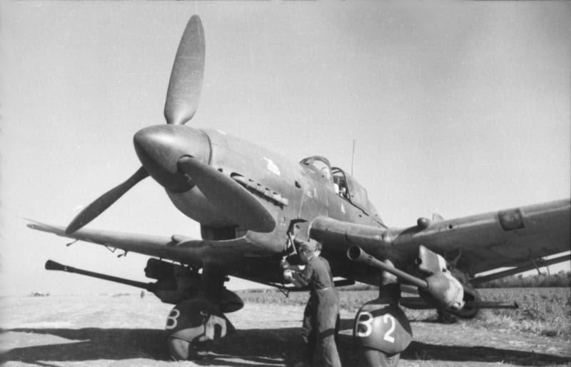 Bundesarchiv Bild 101I-655-5976-04, Russland, Sturzkampfbomber Junkers Ju 87 G