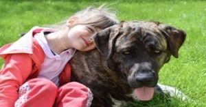 Study Proves Kids Who Grow Up With Dogs Are Less Likely To Develop Schizophrenia