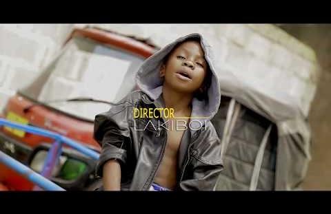 Download or Watch(Official Video) Dogo sillah ft Khan sillah - Makwenye kwenye