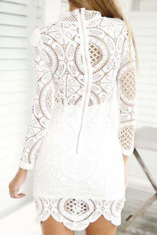الدانتيل الأبيض اللباس كم طويل
