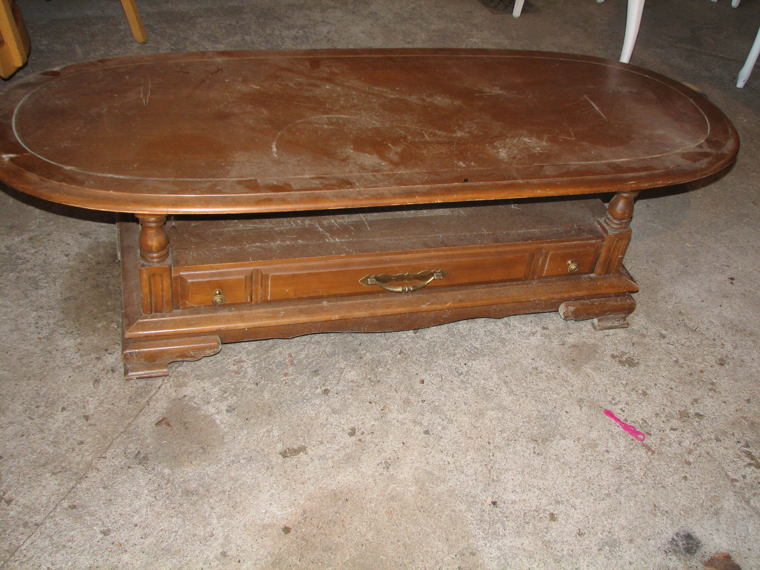 Oval Coffee Table Makeover - FunCycled