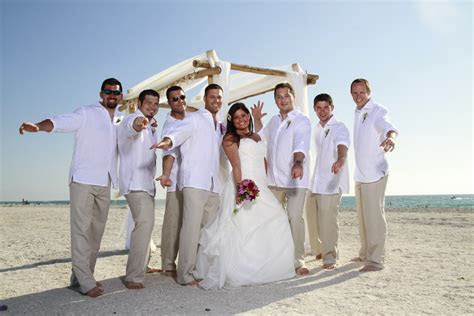 anillla: Beach Wedding Packages