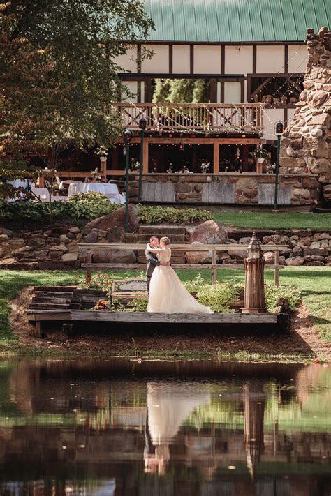The Meadowwood   Bellville OH   Rustic Wedding Guide