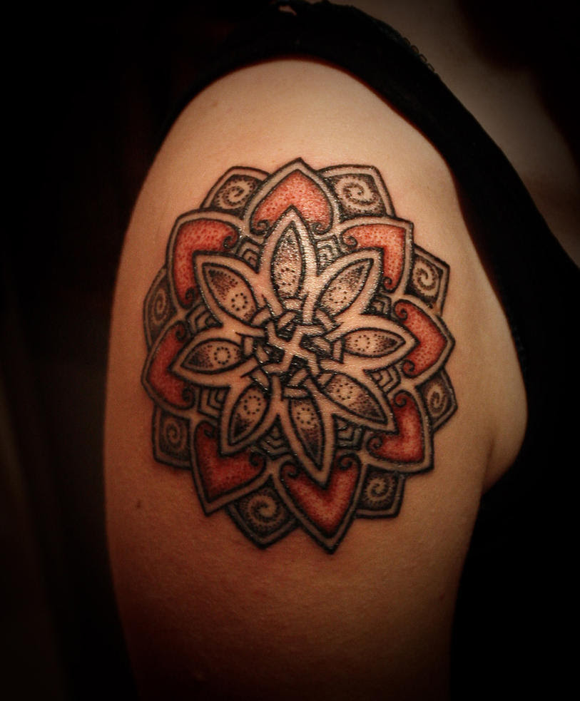 Swastika lotus, made by Lars - shoulder tattoo