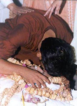 rediff.com: 'Big Bull' Harshad Mehta passes away