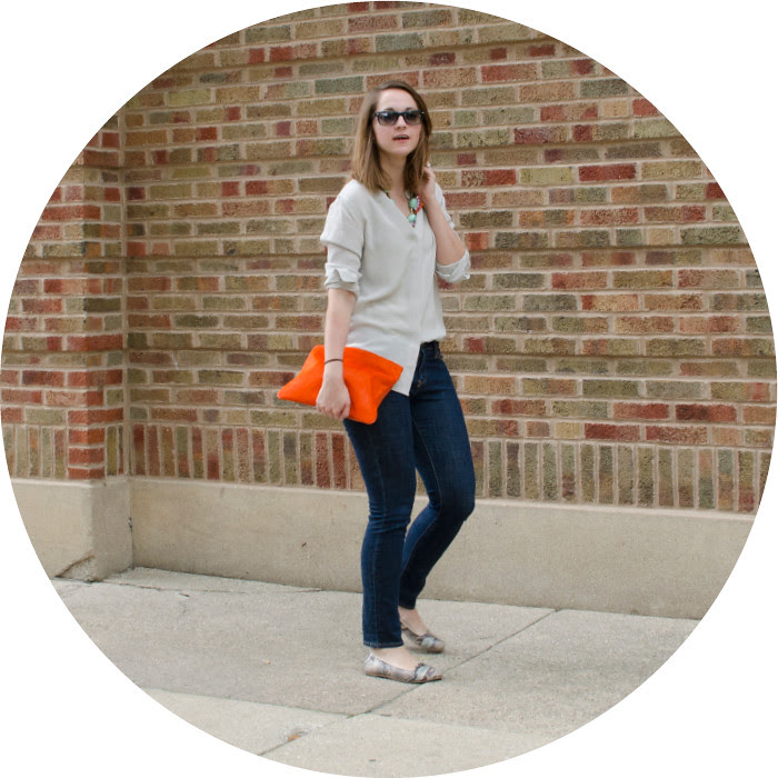 casual friday, outfit ideas, bright clutch, simple jeans outfits, statement necklace, jeans to work, friday style, ootd, blog, what to wear with