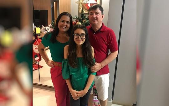 Ana Júlia Rates Marçal ganhou na Justiça o direito de ter duas mães e dois pais na certidão de nascimento, em Goiânia | Foto: Arquivo pessoal/Ana Lúcia Silveira Borela