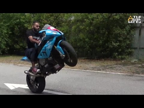 BMW S1000RR wheelies