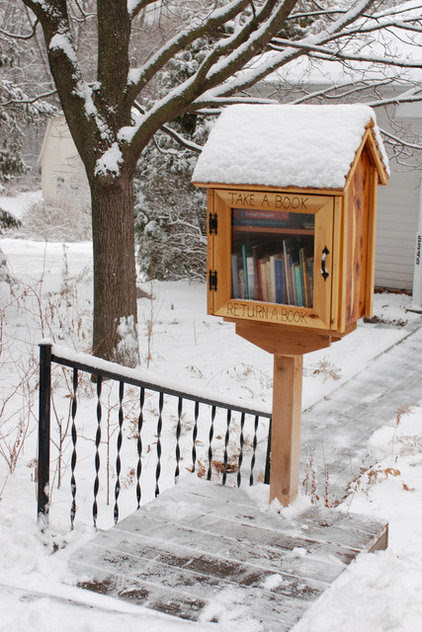 Book It: Bring a Mini Library to Your Front Yard Take a ...