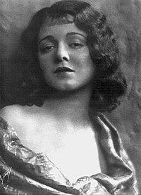 Janet gaynor 1927.jpg