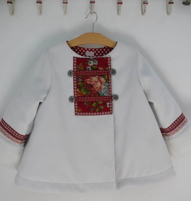 aplike-manto-beyaz-yenileme-giysi-dikis