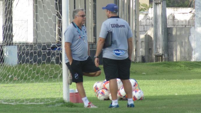 Josué Teixeira e Ademir Fesan - ABC (Foto: Alexandre Filho/GloboEsporte.com)