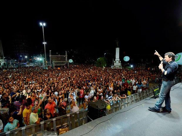 Show de Padre Fábio de Melo, em Salvador (Foto: Valter Pontes/Divulgação)