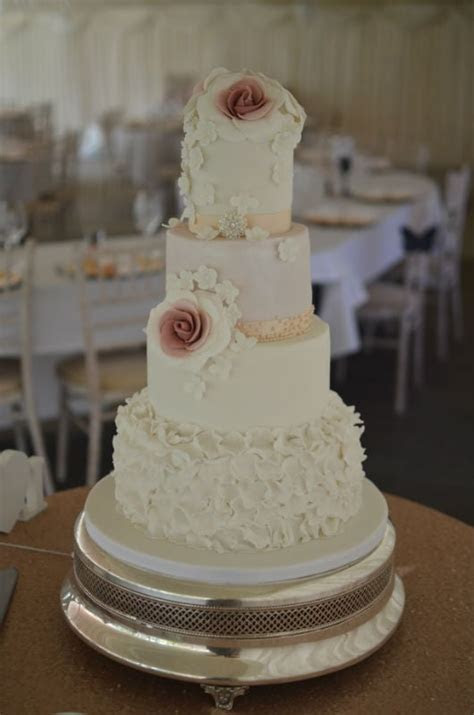 Wedding cakes Dorset, Bespoke Wedding Cakes Hampshire