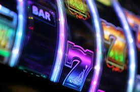 Игровые автоматы First casino запускают в надежном клубе и выигрывают все постоянные посетители.🥇Здесь выгодно и безопасно для всех💯.