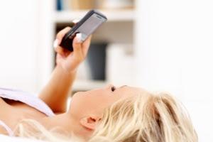 Maioria dos entrevistados admitiu mentir na mensagem de sexting para agradar aos parceiros, de acordo com a pesquisa