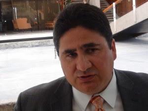 En la imagen Pedro Castro, Ministro de Obras Públicas y Transportes. CRH