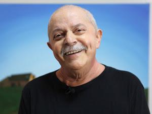 O ex-presidente na sede do Instituto Lula, em foto divulgada pela entidade, após receber a notícia de que exames que não constataram mais sinais de tumor  (Foto: Ricardo Stuckert / Divulgação / Instituto Lula)