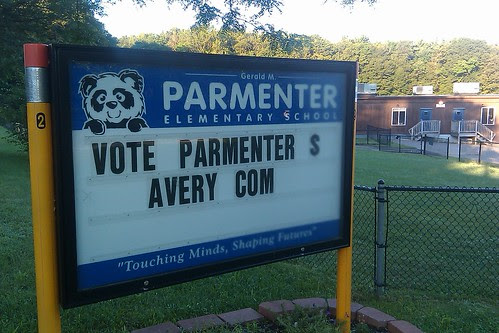 Vote Parmenter $ Avery Com