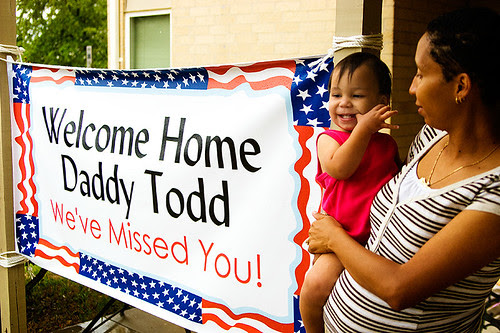 105.365_welcome_home_daddy_todd